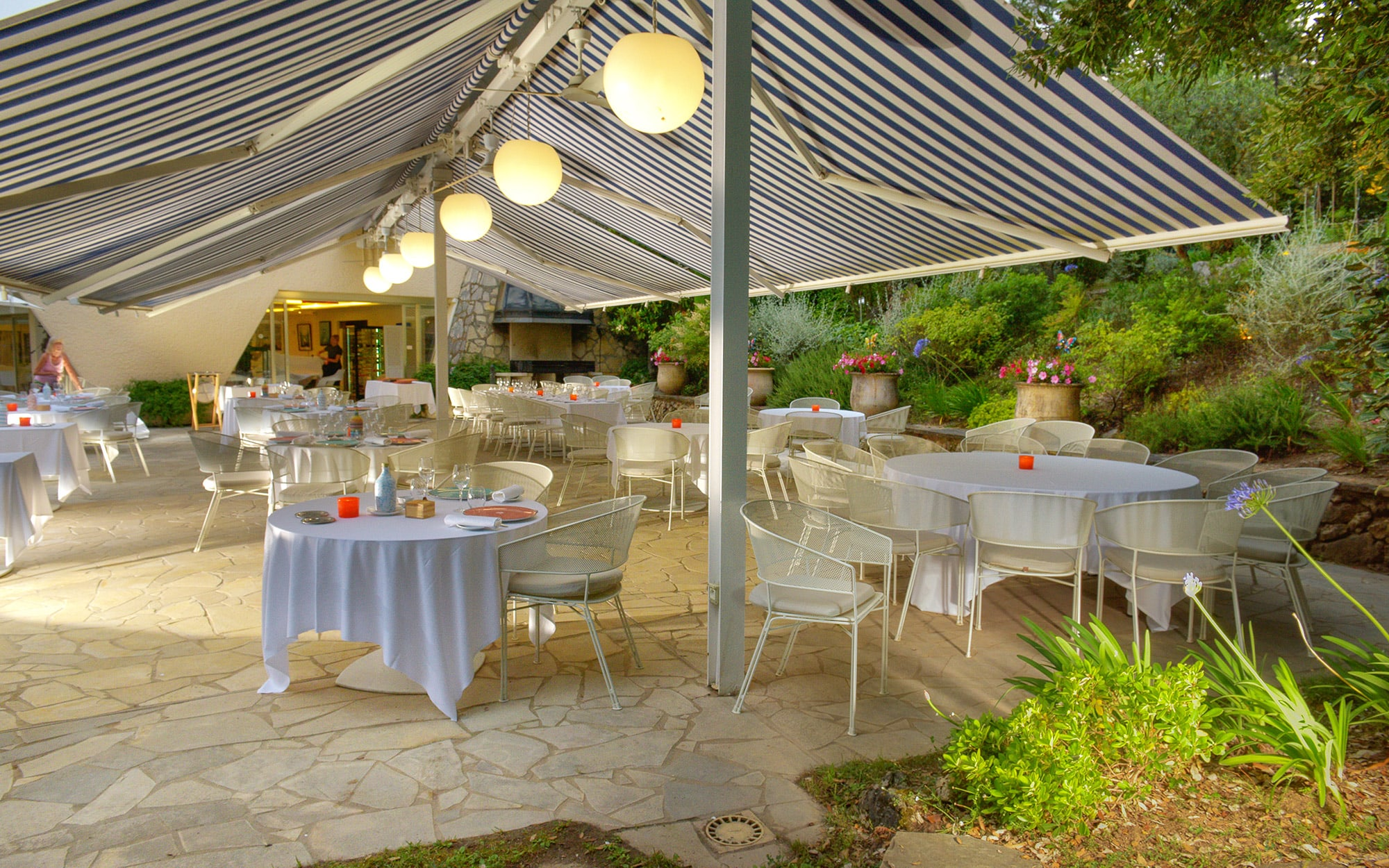 Restaurant in Saint Paul de Vence | Bistrot von La Vague