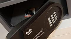 Elektronisch gesicherten safe ausgestatte Vague de Saint Paul